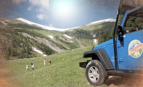 Tourbus overlooking mountains at Breckridge